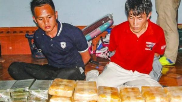 """Cam go cuộc chiến trên """"thánh địa"""" ma túy ở Điện Biên"""