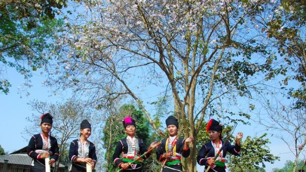 Nói đến Lễ hội Hoa ban, là nói đến đất và người Điện Biên