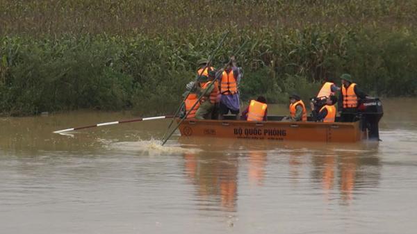 Đã tìm thấy thi thể nam thanh niên bị lũ cuốn trên sông Nậm Rốm