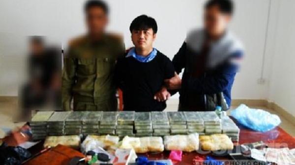 NÓNG: Chặn lô 'hàng độc' từ Tam Giác Vàng qua tỉnh Điện Biên