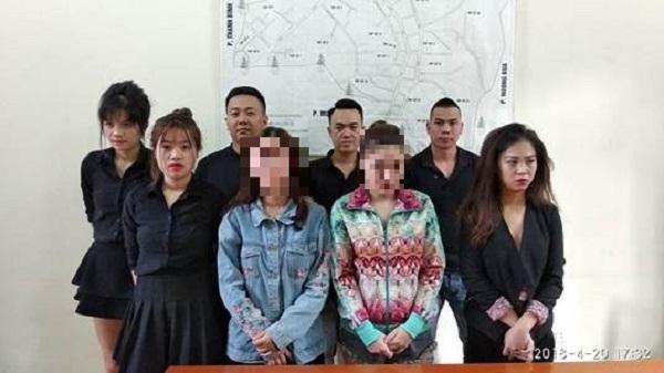 """Điện Biên: Đột kích quán karaoke, bắt quả tang """"nam thanh nữ tú"""" phê ma túy"""