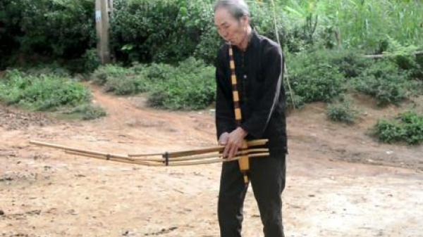 Để điệu khèn vang mãi trên đất Điện Biên