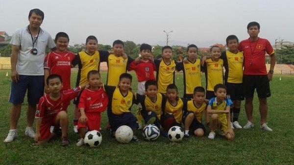 Điện Biên: Nguyễn Công Hoàn người thầy tâm huyết ươm mầm bóng đá nhí