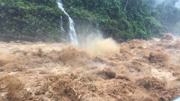 Dự báo thời tiết 25/6: Tiếp tục mưa lớn, lũ quét có nguy cơ ập xuống hàng loạt tỉnh