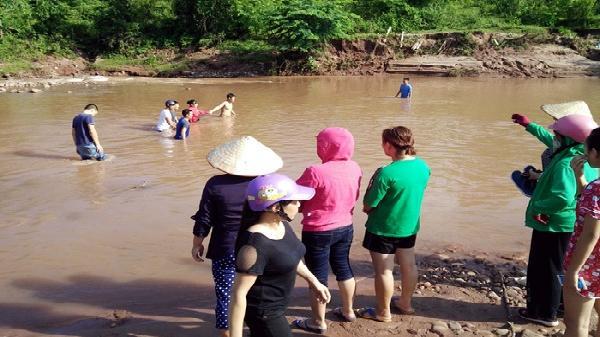 Điện Biên: Nghỉ hè, đến họ hàng chơi, bé trai 11 tuổi đuối nước thương tâm khi đi tắm suối