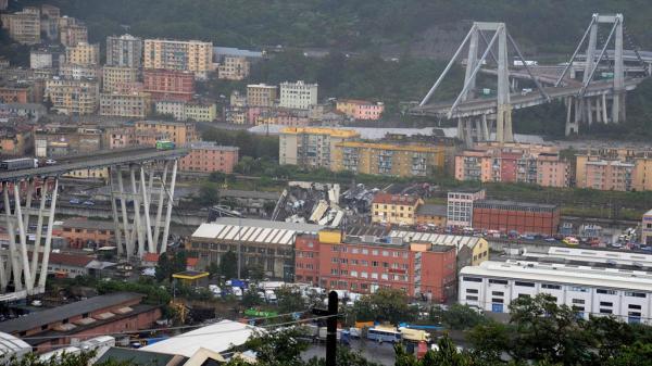 SẬP đường cao tốc khiến 35 người thiệt mạng, khung cảnh như ngày tận thế ở Italy