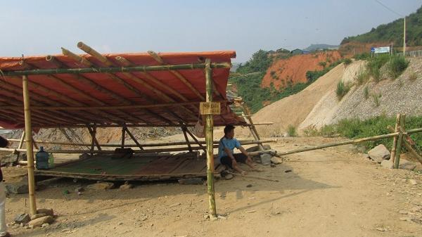 Điện Biên: Dân chặn chốt ngăn thi công công trình thuỷ điện sông Mã 3