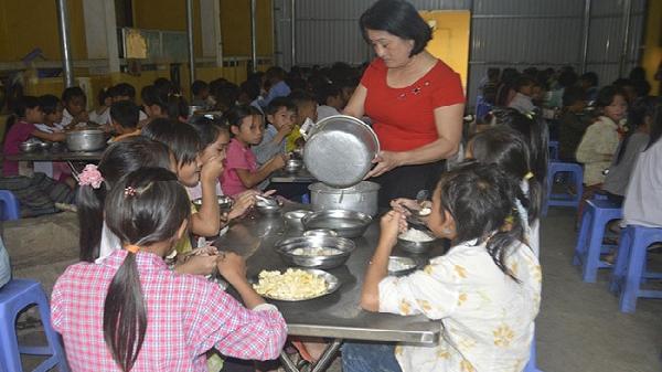 Điện Biên: Chính sách thiết thực với học sinh có hoàn cảnh khó khăn
