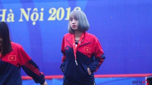 Thành viên đội tuyển U19 Việt Nam bỗng gây sốt MXH chỉ qua một bức ảnh