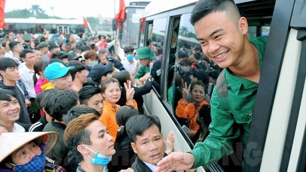 Hôm nay, 2600 thanh niên Hải Dương phấn khởi, hăng hái lên đường nhập ngũ