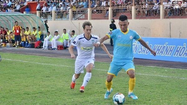 In dấu giày ở 3 bàn thắng, cầu thủ Hải Dương mở màn ấn tượng cho HAGL