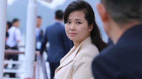 """Chiêm ngưỡng nhan sắc """"người đẹp quyền lực"""" trong phái đoàn Triều Tiên trước khi đến Hải Dương"""