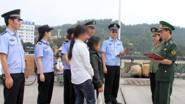 Điện Biên: Giải cứu thành công cô gái bị bán sang Trung Quốc từ 'tổ quỷ'