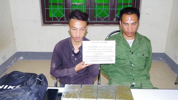 Điện Biên: Bắt hai đối tượng vận chuyển 8 bánh heroin
