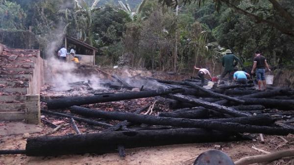 Điện Biên: Chồng tự châm lửa đốt nhà vì mâu thuẫn với vợ