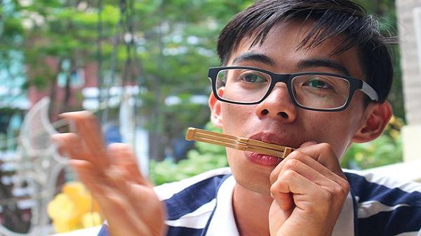 Điều ít biết về 9X Đồng Nai - Người được mệnh danh Vua đàn môi trẻ tuổi nhất Việt Nam
