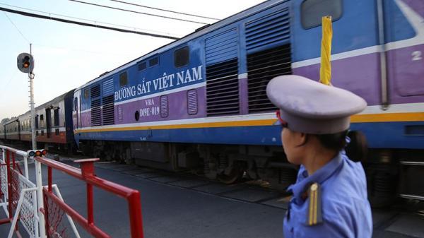 Kiến nghị làm đường sắt nối sân bay Tân Sơn Nhất và Long Thành