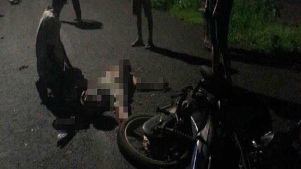 Hai xe máy đối đầu, hai người thương vong