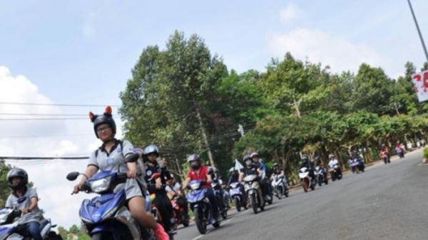 Dàn xe hàng trăm chiếc đến mừng CLB Exciter Long Khánh tròn 3 tuổi