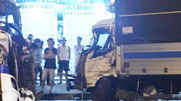 Thống Nhất: 2 xe tải đối đầu, tài xế bị thương nặng kẹt trong cabin
