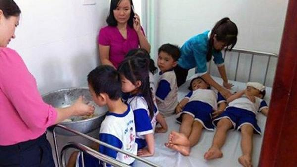 73 học sinh cấp cứu nghi ngộ độc sữa, Đồng Nai dừng chương trình sữa học đường