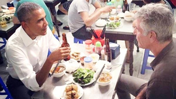 Khách nước ngoài gợi ý 10 món ăn vỉa hè không thể bỏ qua ở Việt Nam