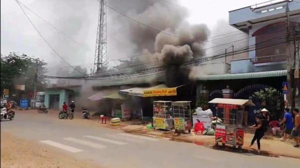 Đồng Nai: Cháy 2 ki-ốt, thiệt hại hàng trăm triệu đồng