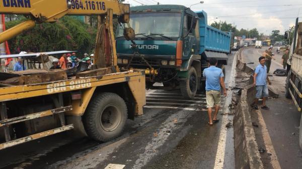 Đồng Nai: Xe cứu hộ mất lái gây tai nạn liên hoàn