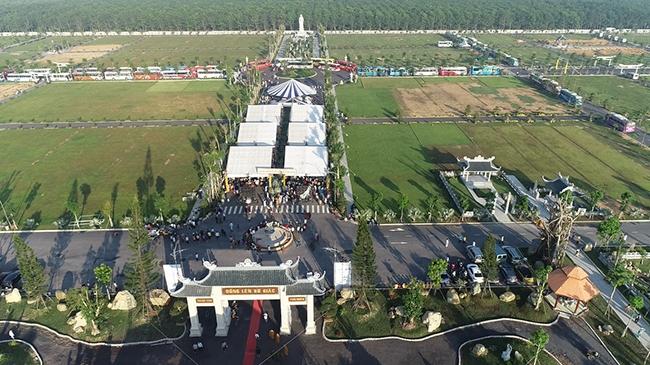 Khánh thành công viên nghĩa trang 500 tỷ đồng Vĩnh Hằng Long Thành