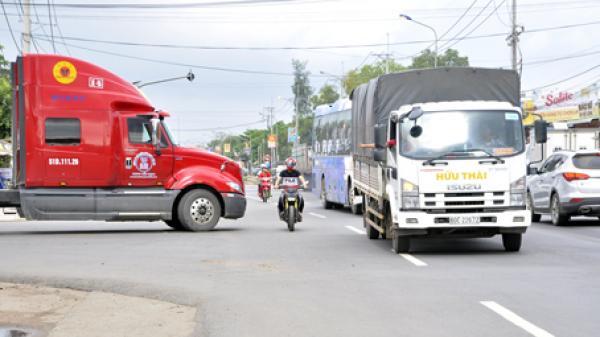 Giao thông qua huyện Xuân Lộc còn phức tạp