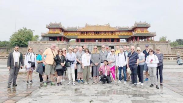 2 du thuyền chở hơn 1.300 du khách cập Cảng Chân Mây: Tín hiệu khả quan đối với du lịch miền Trung