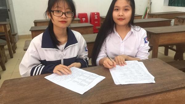 Hai nữ sinh lớp 12 chế tạo máy cấy lúa không động cơ chi phí 2 triệu, đạt năng suất bằng 5 thợ cấy