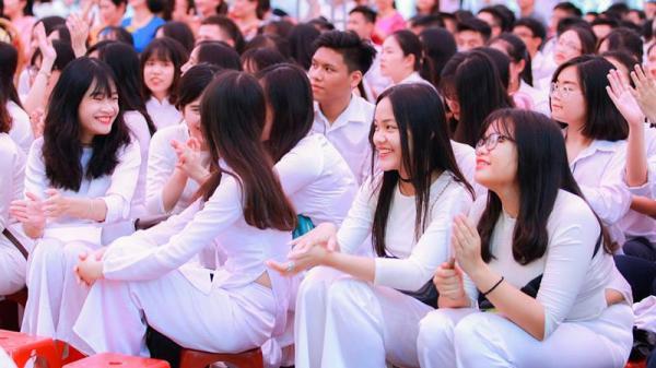 Nóng: Tại TP.HCM, ngày đầu tiên đến trường (9/3) sẽ không tổ chức hoạt động dạy học