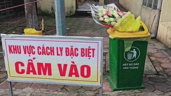 Nam thanh niên ném hoa bác sĩ tặng vào thùng rác ngay sau khi rời khỏi khu cách ly đã gọi điện xin lỗi