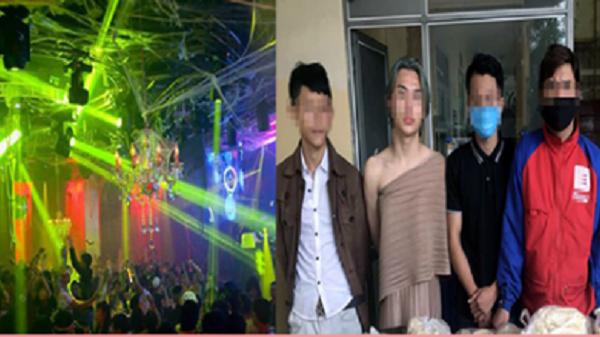 Bất chấp kêu gọi của chính quyền để chống Covid-19, quán bar Hà Nội mở cửa xuyên đêm để kiếm lời, đóng cửa khi công an đến kiểm tra