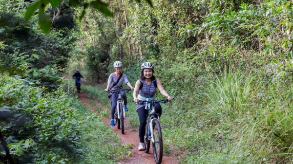 Jungle biking - thách thức giữa rừng sâu