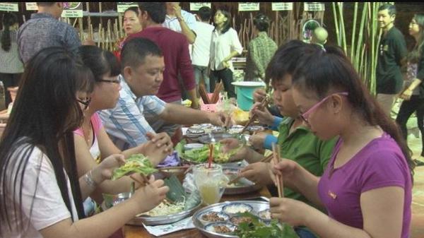 Trải nghiệm tại khu ẩm thực làng bột Sa Đéc, Đồng Tháp