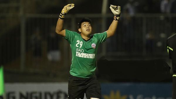 'Thánh cản penalty' lập hat-trick xuất sắc nhất giải trẻ: Niềm tự hào mới của bóng đá Đồng Tháp