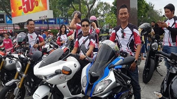 Nhiều xế 'khủng' tham gia 'Đại hội mô tô miền Tây 2018'