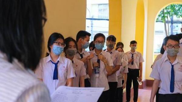 Cần Thơ: Học sinh lớp 12 hoàn tất khảo sát chất lượng sớm để phòng, chống dịch