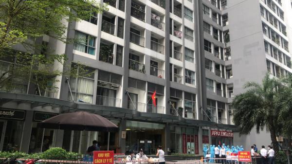 Nóng: Bố mẹ và em trai của nam sinh ở Park 11, Times City Hà Nội cũng dương tính SARS-CoV-2