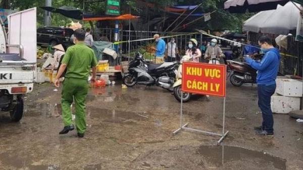 Phong tỏa chợ xanh Văn Quán