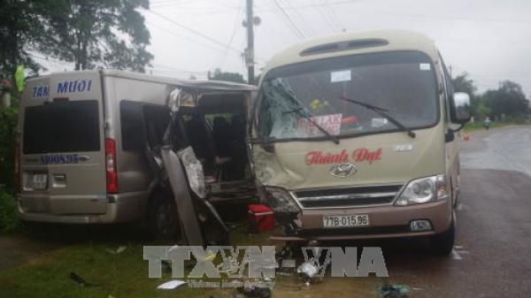 Gia Lai: Hai xe khách đối đầu khiến 6 người bị thương