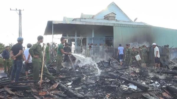 Chư Prông - Gia Lai: 2 nhà bị cháy do hỏa hoạn
