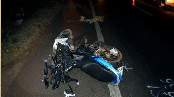 Kinh hoàng: Xe máy chở 3 tông tử vong 2 cụ bà ở Chư Pưh - Gia Lai