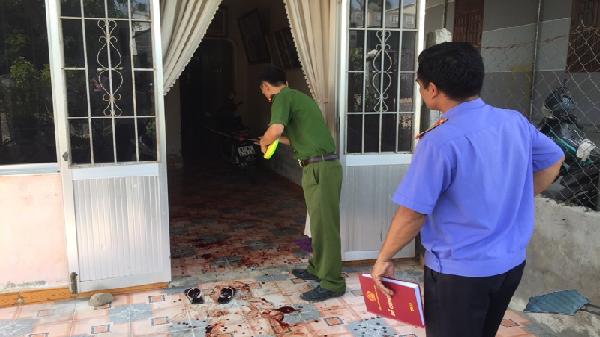 Gia Lai: Chồng tâm thần bất ngờ đâm vợ tử vong