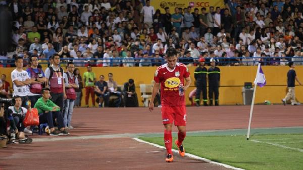 HLV Hoàng Anh Gia Lai chỉ trích học trò chơi xấu