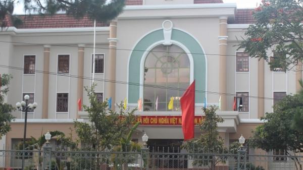 Cán bộ HĐND tỉnh Gia Lai chi hơn 1 tỉ đồng để mua văn phòng phẩm
