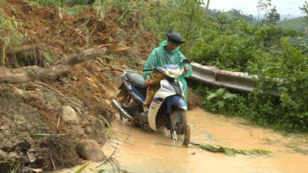 Gia Lai: Đường vào xã Ia Kreng bị sạt lở nghiêm trọng