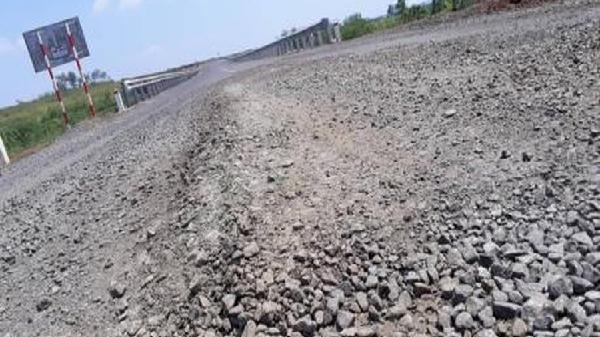 'Ám ảnh' những tuyến đường hư hỏng nặng tại Gia Lai